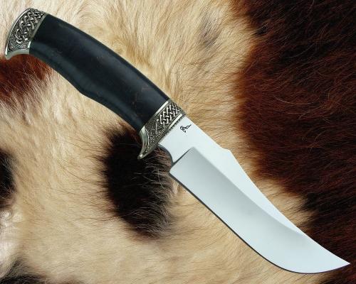 Нож Хищник с литьём из мельхиора (сталь D2, стабилизированная карельская берёза)