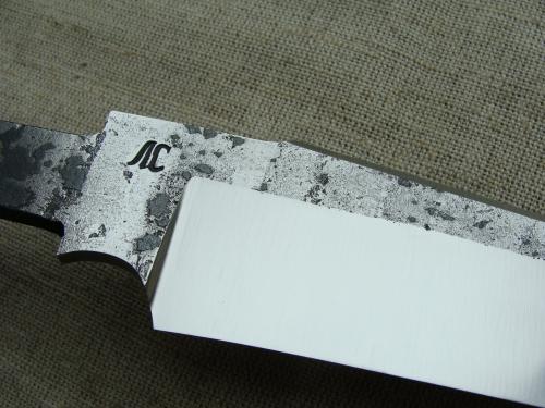 Клинок Тайга со следами ковки, сатин (сталь 9ХС)