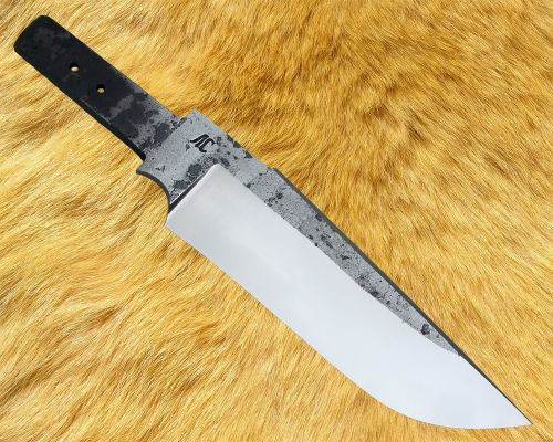 Клинок Тайга со следами ковки, сатин (сталь Х12МФ)