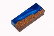 Гибридный брусок для рукояти ножа (синий перламутр и стаб. карельская берёза)